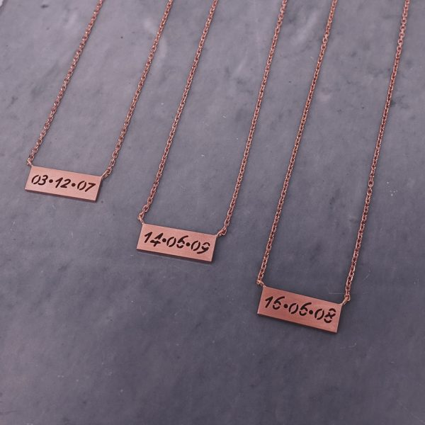 Personalized Bar Necklace Engraved with Your Special Date in Pure Silver
