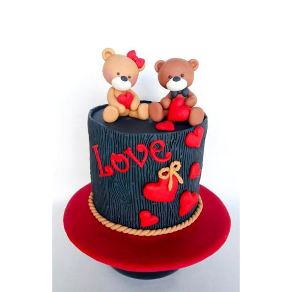 Valentine Love  Fondant And Buttercream Cake 2Kg