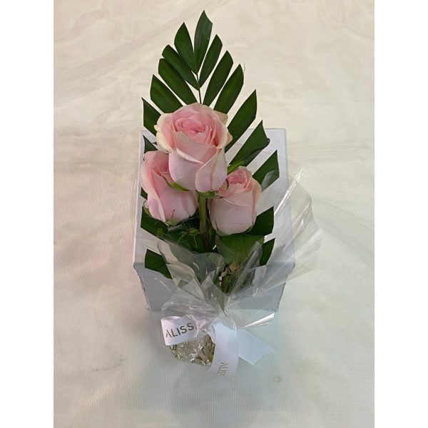 Fresh Pink Roses Bouquet 3